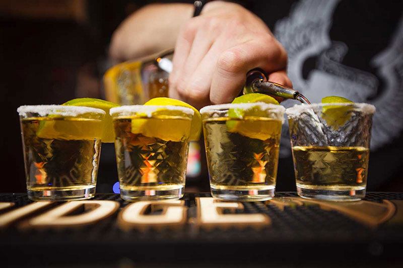 Tequila-Serving